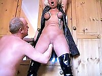 Amateur slut gets bound and brutally fisted
